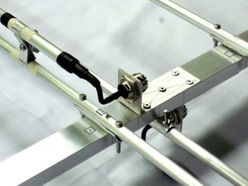 bracketed feed point